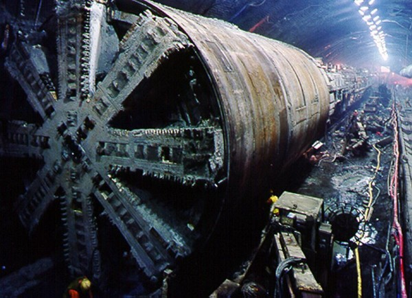 English Channel Tunnel Communications Project